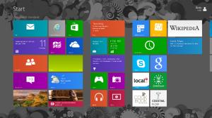 Erste Kunden bereits mit Windows 8 und Windows Server 2012 ausgerüstet.